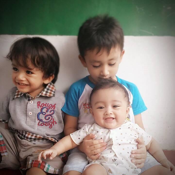 https://bloggerdasteran.com/bahagiaitusederhana-cerita-tentang-ibrahim-adhd-dan-kotak-masjid/